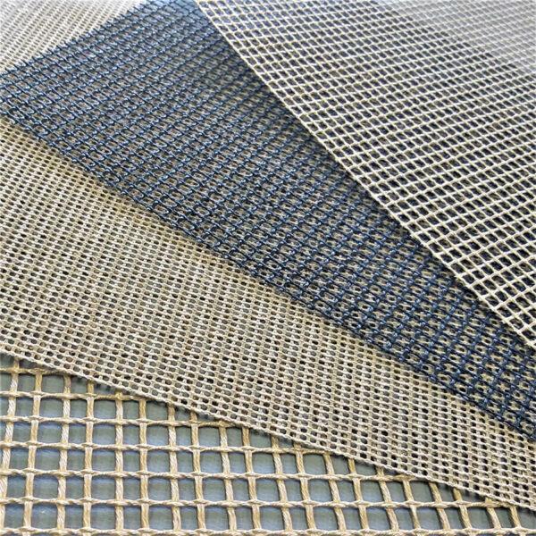 Detalhe das telas para esteiras de fibra de vidro com PTFE