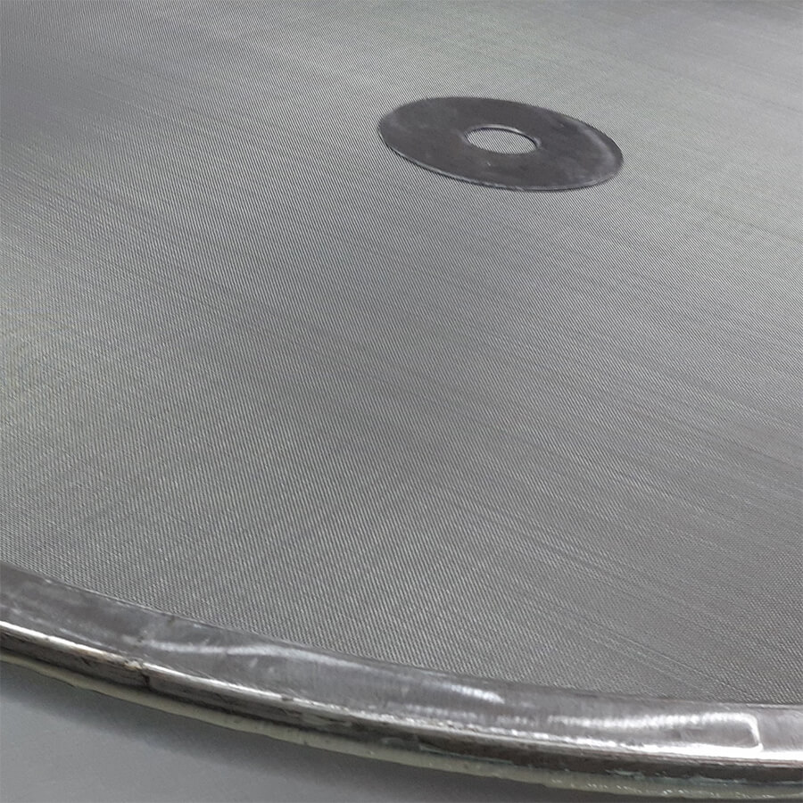 peneira vibratória com acabamento na lateral e reforço no centro