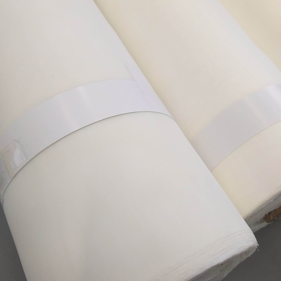 Rolos de tela sintética